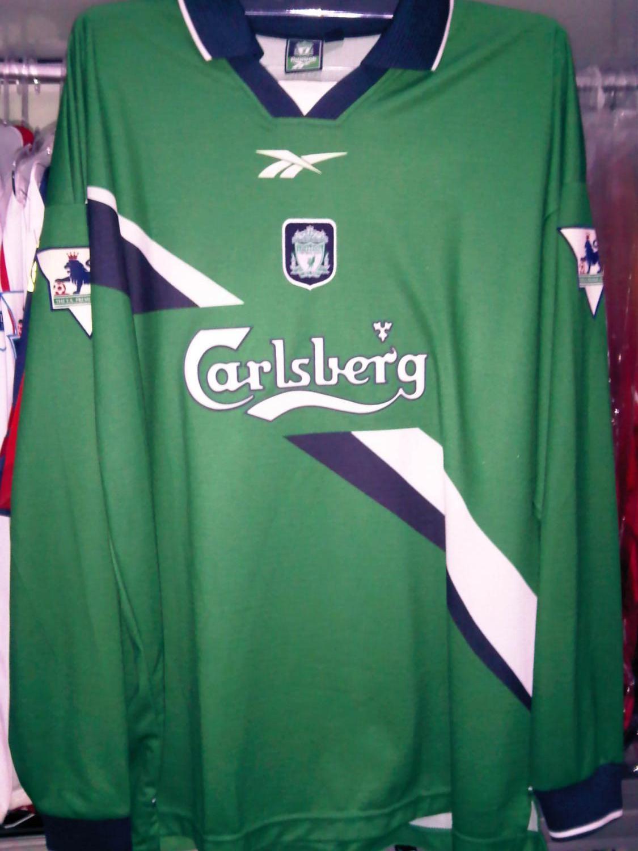 Liverpool Away football shirt 1999 - 2000. Sponsored by Carlsberg