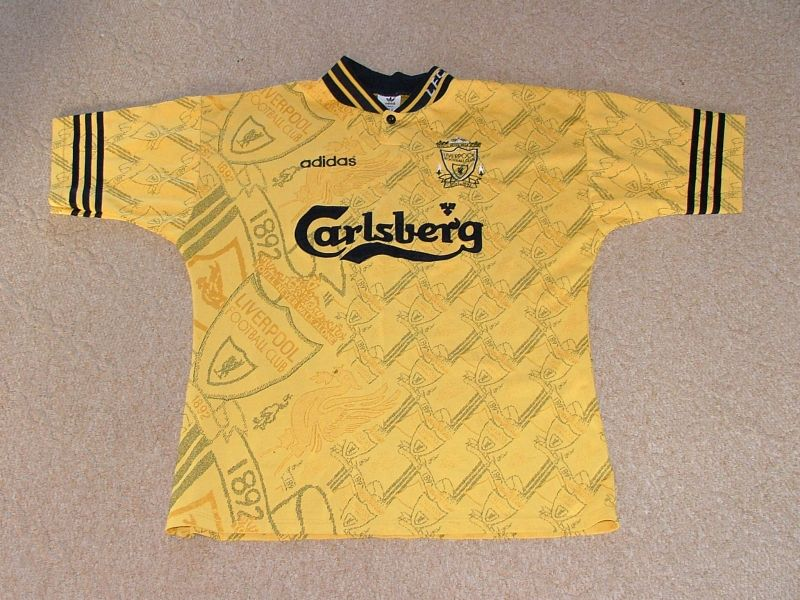 28 Terrible Football Kits That Are Best Left In The '90s