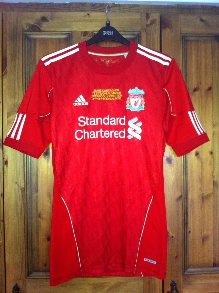 Liverpool Home Camisa De Futebol 2010 2012 Sponsored By
