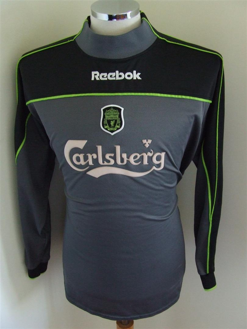 8926c4272 Liverpool Goalkeeper Maillot de foot 2000 - 2001. Sponsored by Carlsberg