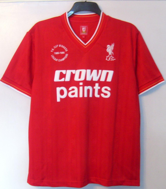 ba08911de7b Liverpool Retro Replicas camisa de futebol 1985 - 1986. Sponsored by ...