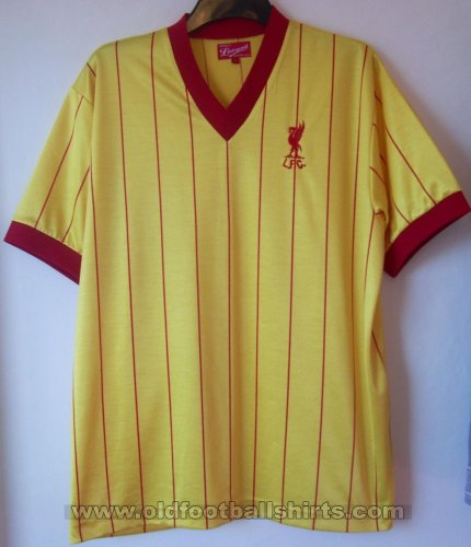 Liverpool Retro Replicas Maillot de foot 1982 - 1984