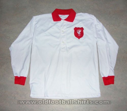 Liverpool Retro Replicas football shirt 1953 - 1954