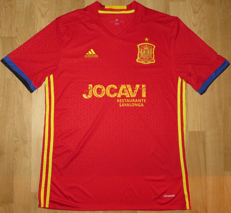 fd5e6250626 Spain Jenis baju tidak diketahui 2015 - 2016.