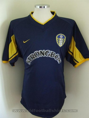 Fake & Counterfeit Shirts from all over Third football shirt 2001 - 2003