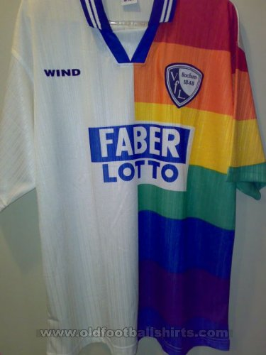 Fake & Counterfeit Shirts from all over Home football shirt 1995 - 1998