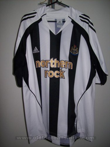 Fake & Counterfeit Shirts from all over Home football shirt 2005 - 2007