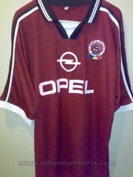 Fake & Counterfeit Shirts from all over Home football shirt 2000 - 2001