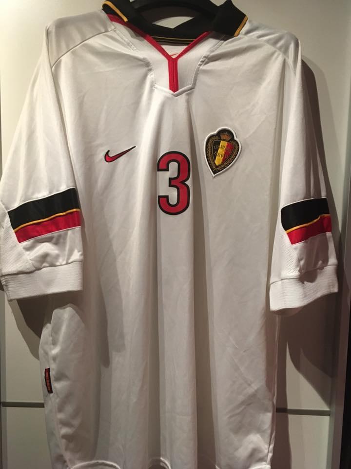 6d819547406 Belgium Away camisa de futebol 1998 - 2000.