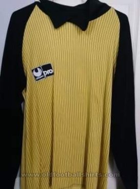 AEL Larissa Goalkeeper football shirt 1982 - 1985