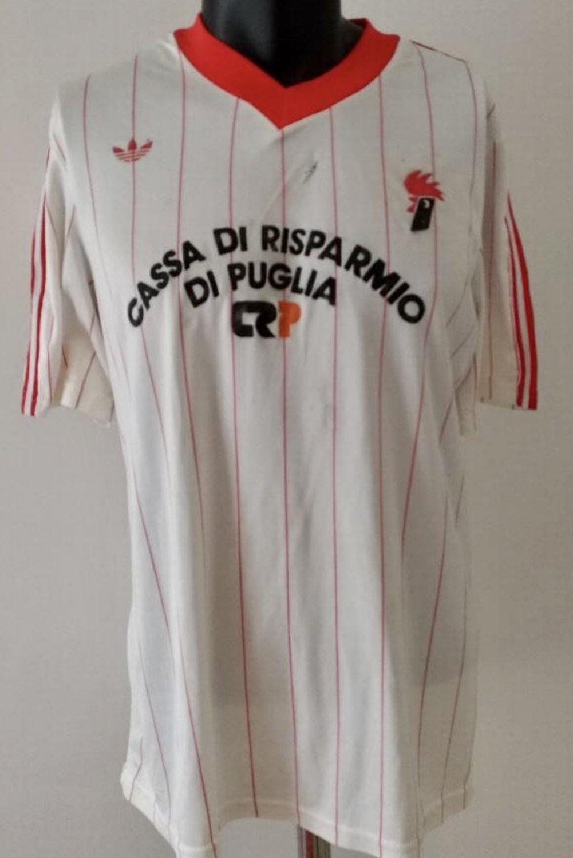 Bari Home maglia di calcio 1985 - 1986.