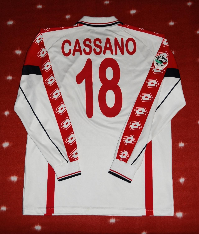 Bari Home football shirt 1999 - 2000.