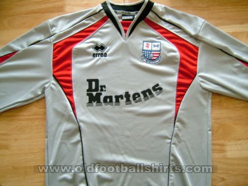 AFC Rushden & Diamonds Goalkeeper football shirt 2004 - 2005
