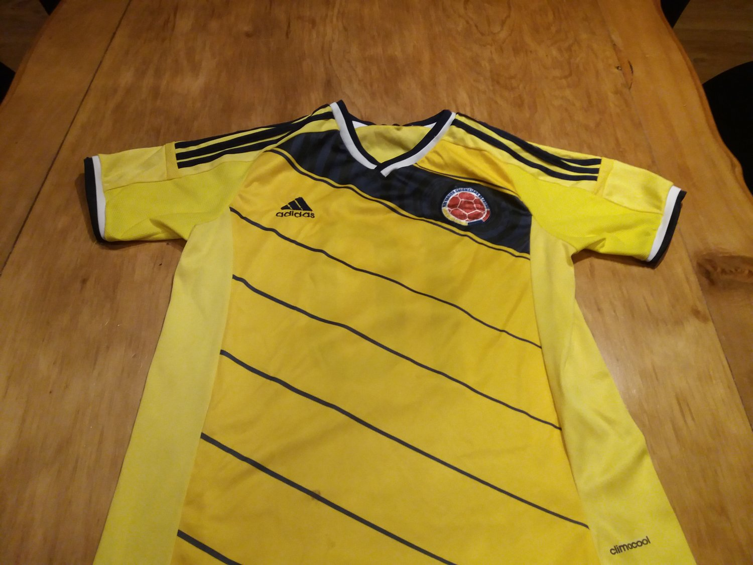 e6e1f52677f Colombia Home Maillot de foot 2014 - 2015 ...