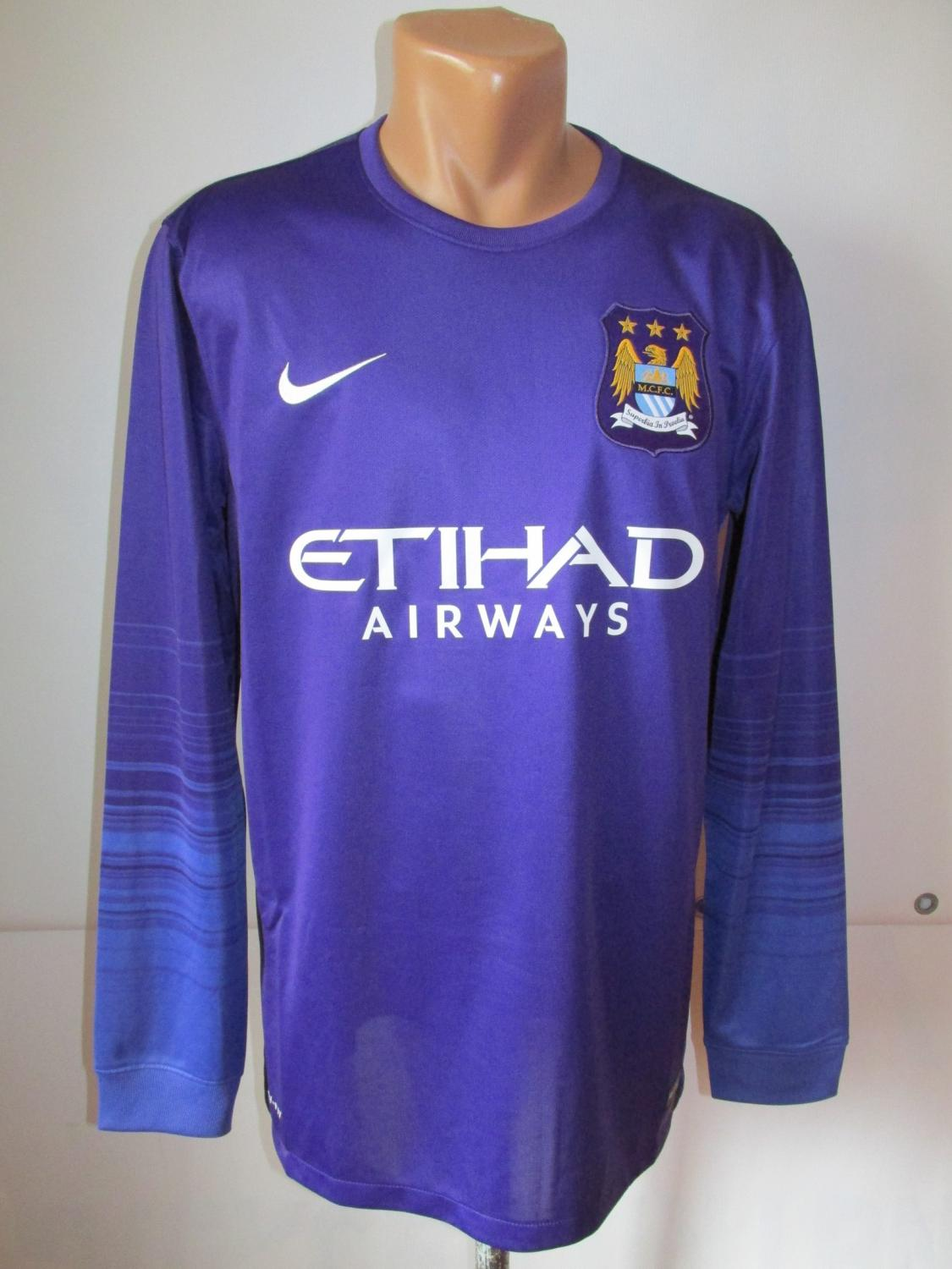 b47f8ff00 Manchester City Goalkeeper maglia di calcio 2015 - 2016. Sponsored ...