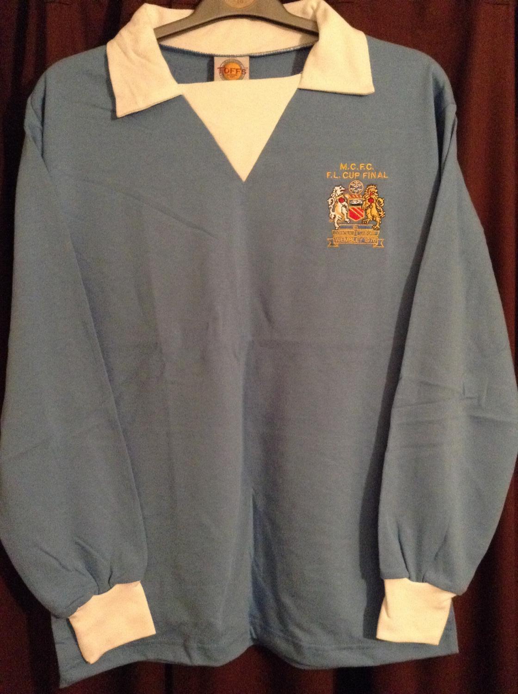 2316dc3ad Manchester City Retro Replicas camisa de futebol 1975 - 1977 ...