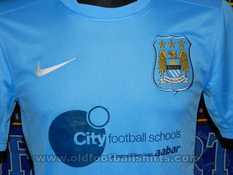 Manchester City Training/Leisure football shirt (unknown year)
