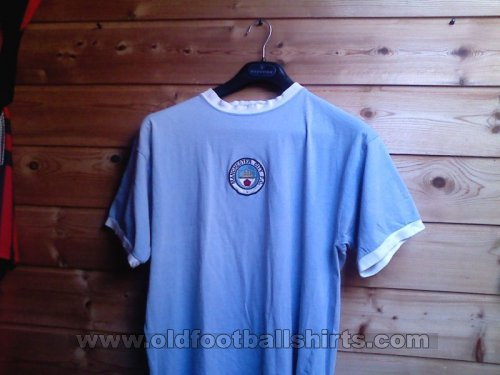 Manchester City Retro Replicas football shirt 1972 - 1975