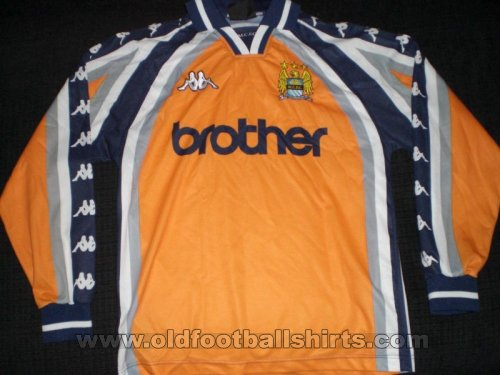 Manchester City Goalkeeper football shirt 1997 - 1999
