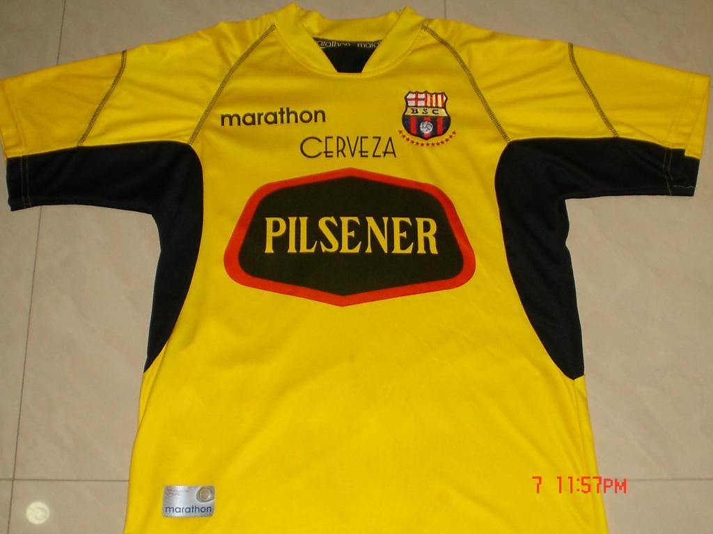 aa2fd57aeec Barcelona SC Home maglia di calcio 2003.