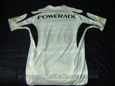 LDU Quito Home football shirt 2009