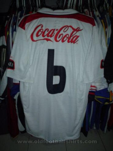 LDU Quito Home football shirt 2004