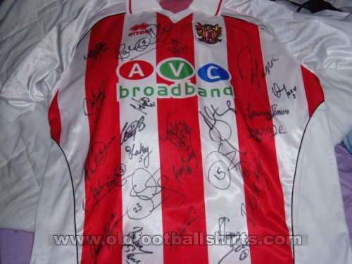 Stevenage FC Home football shirt 2004 - 2006
