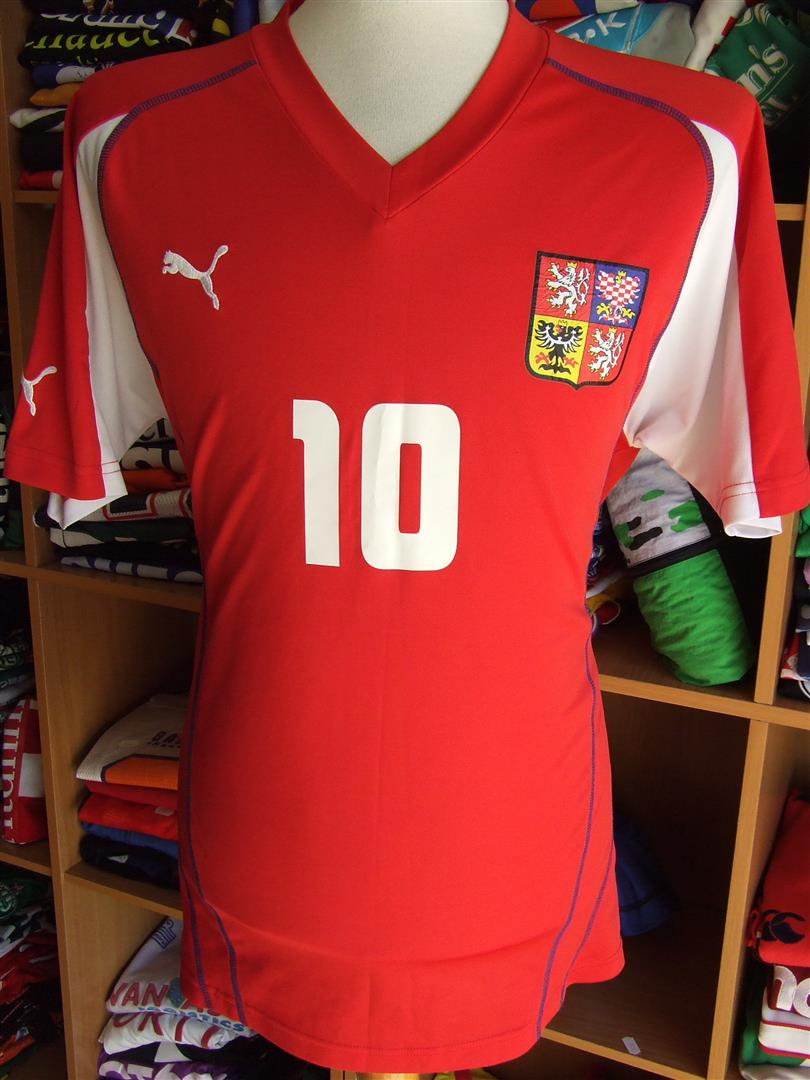4c572cade Old Czech Republic football shirts and soccer jerseys