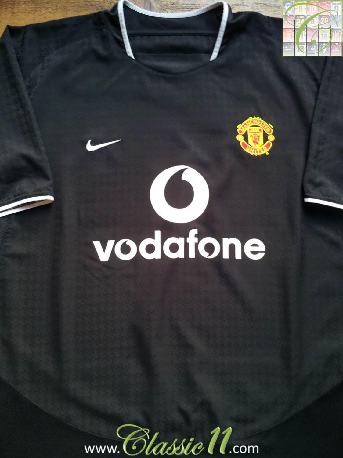 Manchester United Away football shirt 2003 - 2005. Sponsored by ...