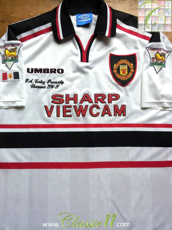 Manchester United Away football shirt 1997 - 1999. Sponsored by Sharp