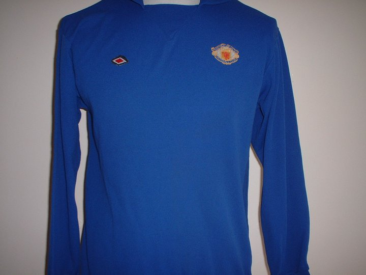 14adcf694 Manchester United Goalkeeper maglia di calcio 1973 - 1974. Sponsored ...