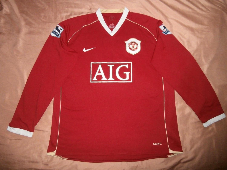 Manchester United Home football shirt 2006 - 2007  Sponsored