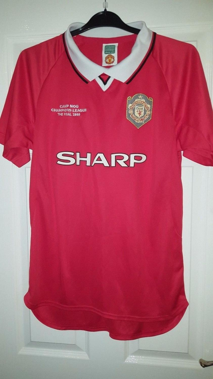 Manchester United Retro Replicas Football Shirt 1999