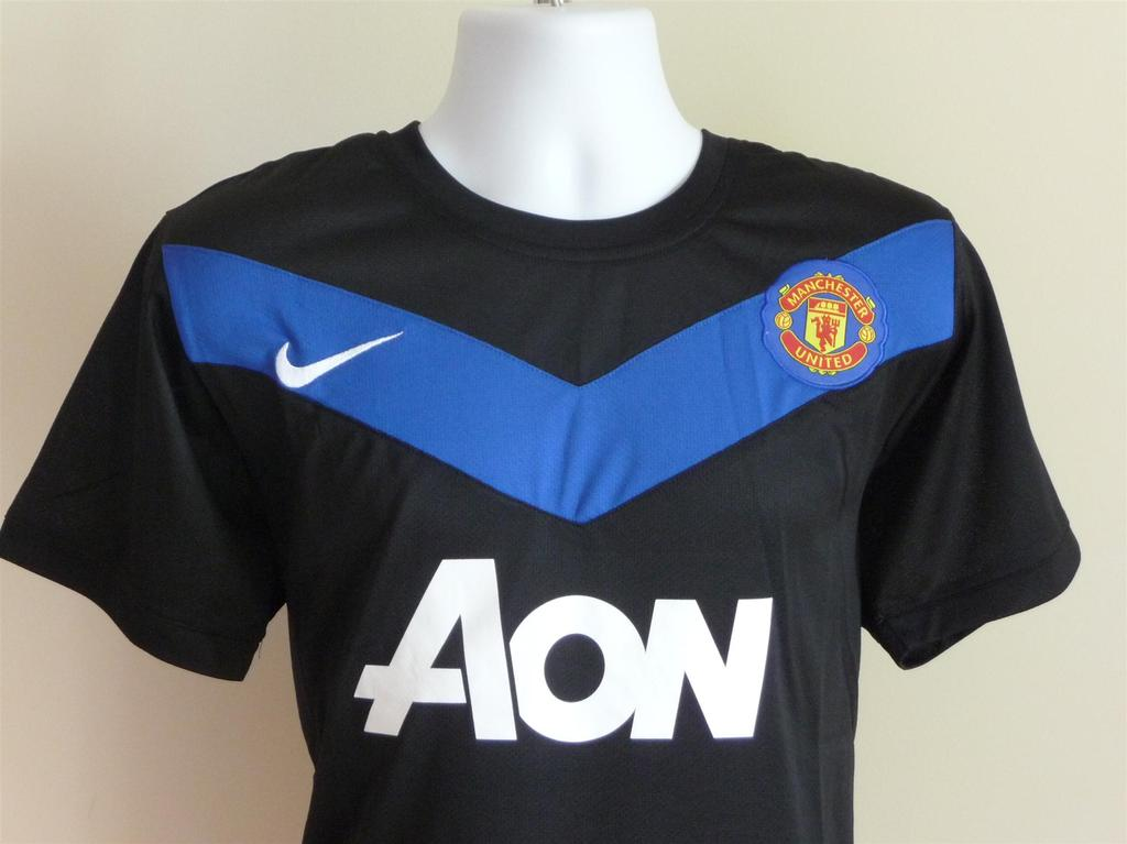 16b1781bccd Manchester United Third maglia di calcio 2010 - 2011. Sponsored by AON