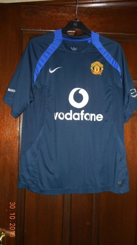 new product d22a3 74fdc Manchester United Training/Leisure maglia di calcio 2005 - 2006.