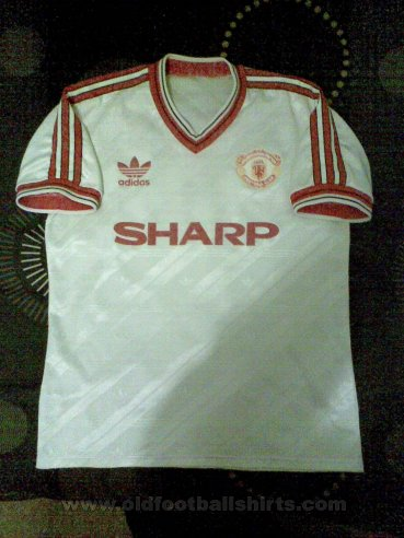 Manchester United Away football shirt 1986 - 1988