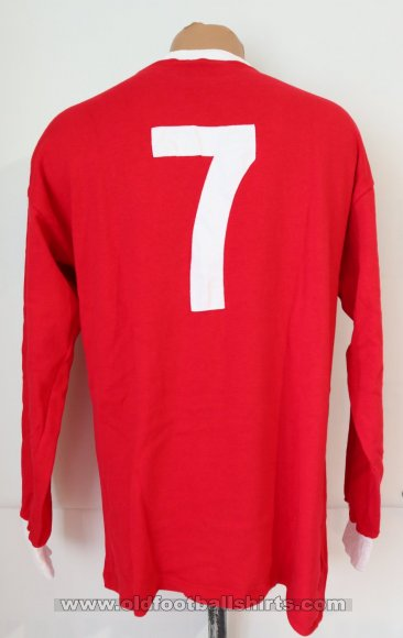 Manchester United Retro Replicas football shirt 1963