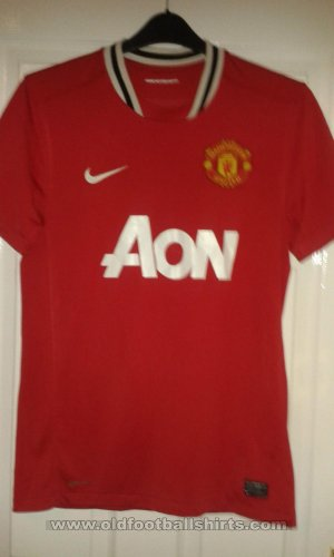 Manchester United Home football shirt 2011 - 2012