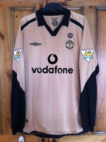 Manchester United Away football shirt 2001 - 2002