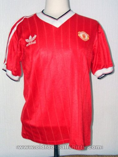 Manchester United Home football shirt 1982 - 1983