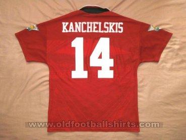 newest 5a0a9 729d0 Manchester United Home football shirt 1994 - 1995. Sponsored ...
