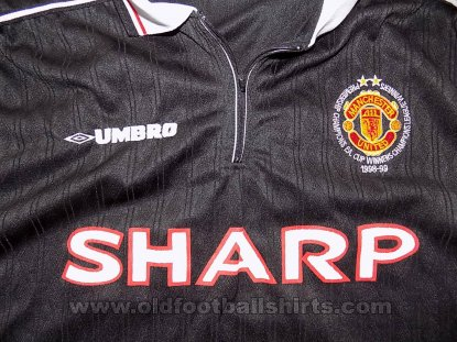 Manchester United Special football shirt 1999