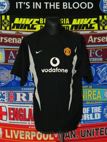 Manchester United Goalkeeper football shirt 2002 - ?