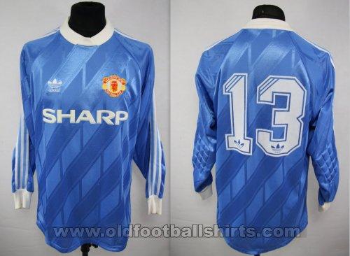 cheap for discount ba5a5 9bbf4 Manchester United Goalkeeper football shirt 1990 - 1992.