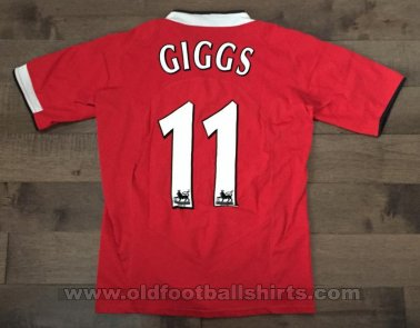 Manchester United Home football shirt 2004 - 2006