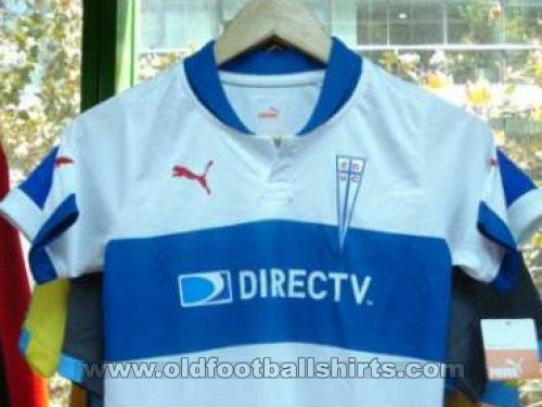 Club Deportivo Universidad Catolica Home football shirt 2012