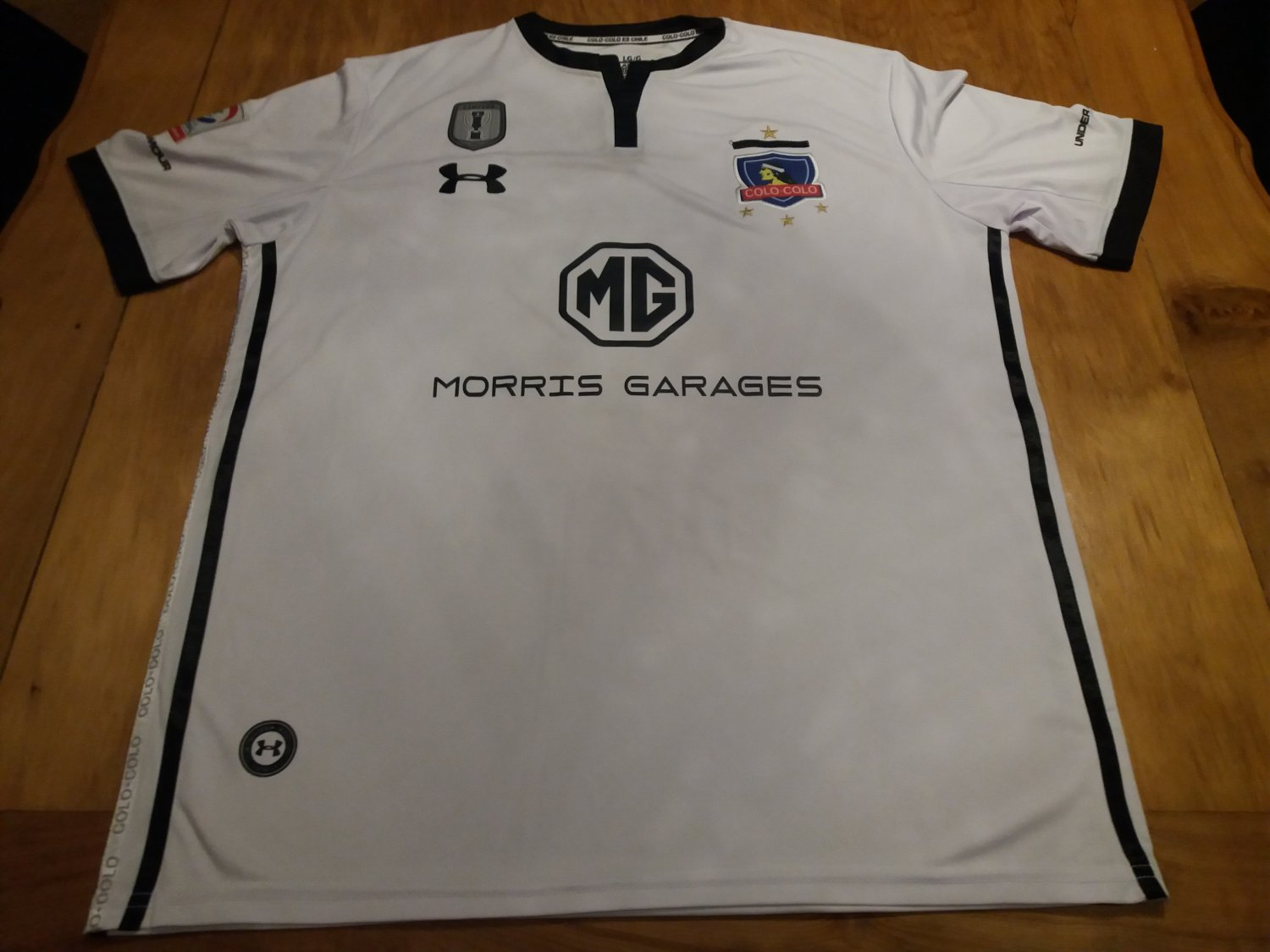 Colo-Colo Home Maillot de foot 2018. Sponsored by MG a37726c40