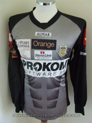 Arka Gdynia Goalkeeper football shirt (unknown year)
