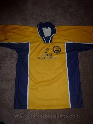 Braintree Town Home football shirt 1999 - 2000
