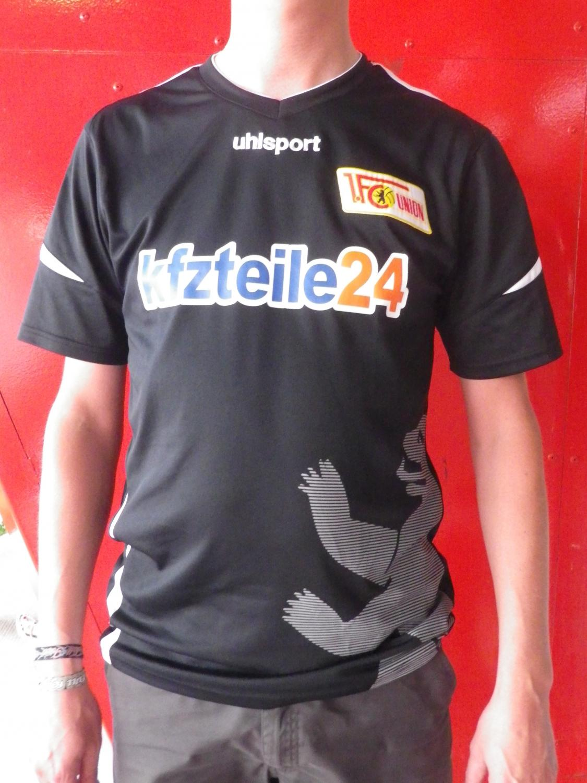 1 FC Union Berlin Trikot Pin 2011//2012 Away Badge Kit KFZTeile24.de